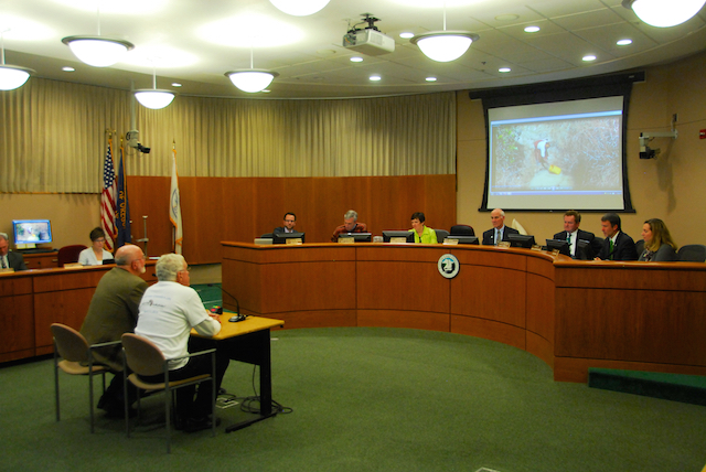 Bill Savage and Gary Mittelstaedt  at Lake Oswego City Council